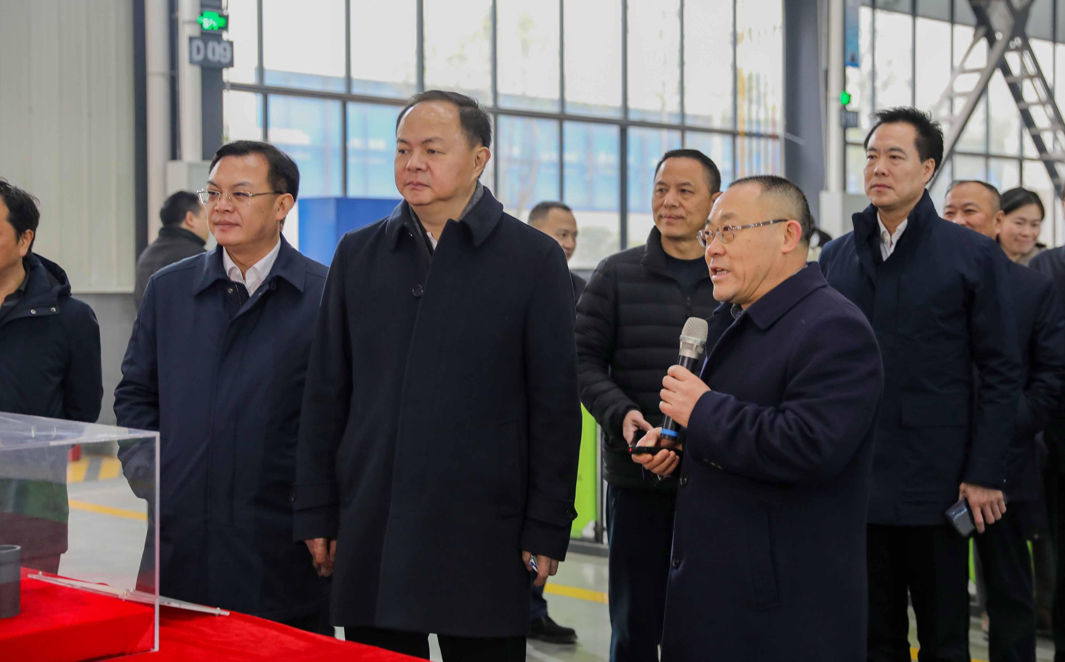长沙市委副书记、市长郑建新一行莅临顶立星沙基地调研